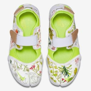 NWT NIKECOURT X LIBERTY AIR RIFT
